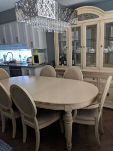 Antique dining table set for 6