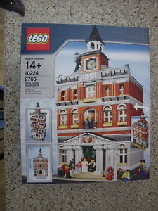 Lego 10224 Town Hall Advanced Model Modular Building