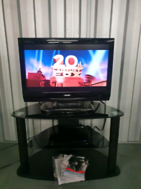 For sale sharp 26 inch flatscreen lcd tv and bluray player