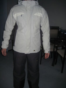 Skiing Snowboarding Jacket, Pants, and Gloves - like new, Size M