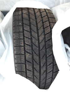4 TOYO winter tires 215/45r17 like new