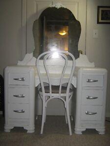 Vanity/Desk Set for Sale