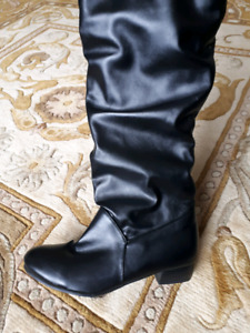 NEW Black Women's Boots Size 10