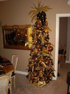 CHRISTMAS TREE BLACK NEW