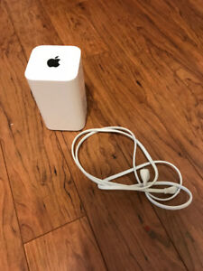Apple Time Capsule 3TB - Like New Condition