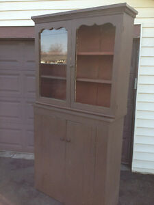 Primitive Jam Cupboard with Hutch Top