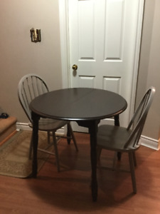 small solid wood dining table and 2 chairs free delivery
