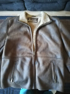Men's COLUMBIA Brown soft leather jacket, like new, size large