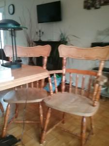 6 chaises + lampe