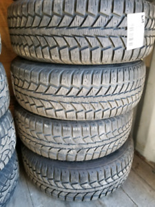 195/65R15 winter tires and wheels Ford Focus