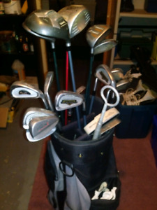 16 golf club set in golf bag