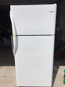 Frigidaire Fridge / Refrigerateur