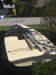 #1039 Laser with Trailer and 2 Sails