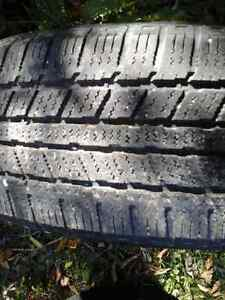 DUNLOP Studless Gaspic DS    P205/55 R16