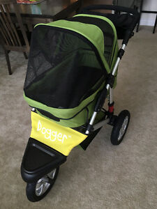 Dog Stroller - Amazing Quality and Condition