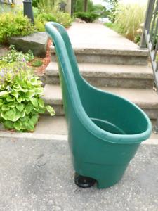 Chariot de jardin, brouette