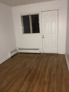 3 1/2 to rent as of now West Island Greater Montréal image 2