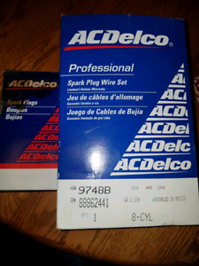 PLUGS and WIRES  350 LT1 GM 92-97 ACDelco