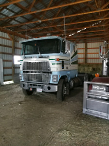 1987 ford 9000