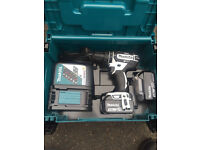 New Makita 18v cordless drill in box with 2 3.0ah batteries