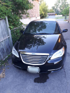 2013 Chrysler 200 LX. Well maintained. Low mileage