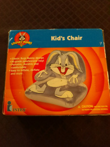 Lonnie Tunes bugs bunny kids chair for sell ** NEW in a box **