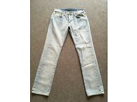 31 x 32 Levis straight leg washout jeans