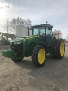 John Deere 8260R Tractor -low hour