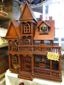 TRULY AWESOME LARGE BIRD HOUSE ALL HAND MADE OF SOLID WOOD