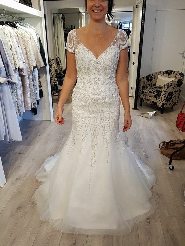 Justin Alexander 8846 Is A Beautiful Vintage Intricate Beaded Back