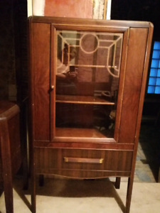 China cabinet, buffet & countertop and table and chairs
