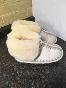 AUTHENTIC SHEEP SKIN SLIPPERS London Ontario image 2