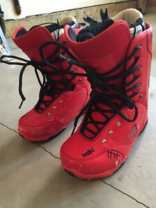 MENS K2 BOARD, size 8 1/2 boots, and bindings in good condition