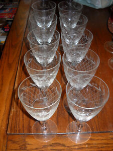 4U2C SET OF 10 VINTAGE CRYSTAL ETCHED GLASS WINE GOBLET GLASSES