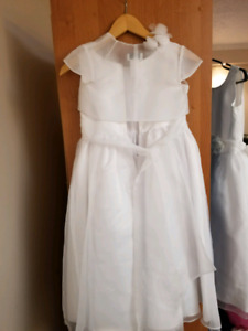 FIRST Communion girls dresses twodiffeent dresses size 7 and 8)