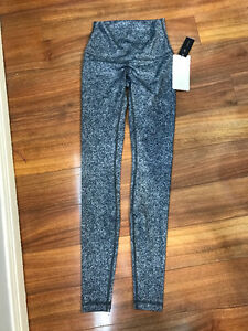 Brand New Lululemon Wunder Unders Size 4 - Tags On
