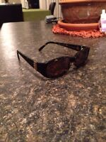 Sunglasses like new. Make me an offer