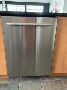 Dishwasher - Kitchen Aid Stainless Dishwasher