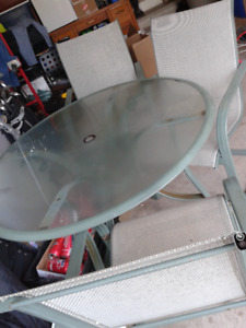 Round Patio Table and  4 Chairs