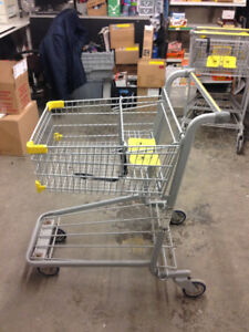 Chariot / Shopping Cart (10 left)