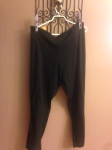 More ladies plus size pants...see my other ads for pics