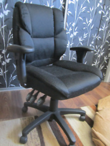 Multi-function Computer Chair