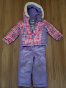 Habit de neige Oshkosh 24 mois/ Oshkosh winter suit 24 months