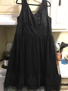 Beautiful formal party dress size 18