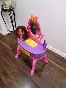 Kids Hairdresser Table Toy Cambridge Kitchener Area image 3