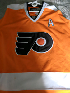 Nhl jerseys 20$ each