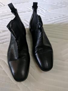 8fd412a508f Black leacther Aquila Chelsea Boots size 42 | Men's Shoes | Gumtree ...