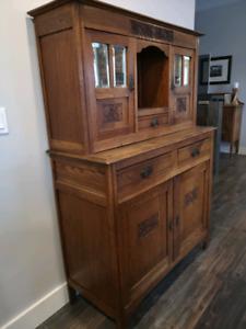 Gorgeous Antique Hutch!