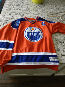Wanted: size 58+ or 60 Edge 2.0 Edmonton Oilers Third Jersey Ora
