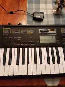 Casio CTK-2400 Electric Keyboard USED ONCE Kawartha Lakes Peterborough Area image 2